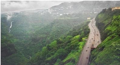 Scenic view of the Pune-Mumbai expressway at Khandala
